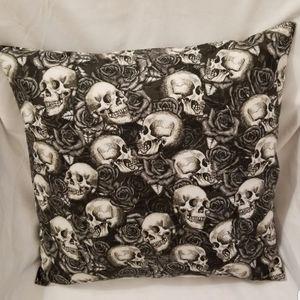 Skulls & Roses Home Decor Covered Pillow